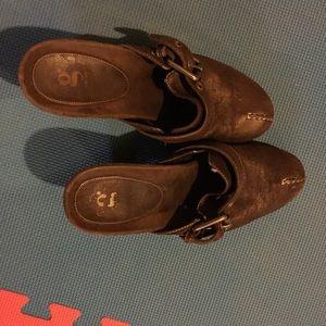 Shoes - Designer shoes 8.5